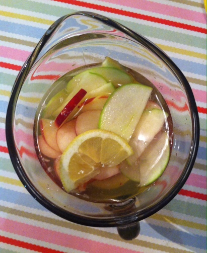 Ariel view of my white sangria: lemons, granny smith apples and white peaches